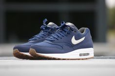 Nike Air Max 1 Essential Midnight Navy-Light Bone - 537383-401