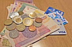 Show me the money: should I travel with cash, card or credit? Overseas Travel, Show Me The Money, Travel Cards, Traveling By Yourself, Travel Tips, This Or That Questions, Travel Maps, Travel Advice