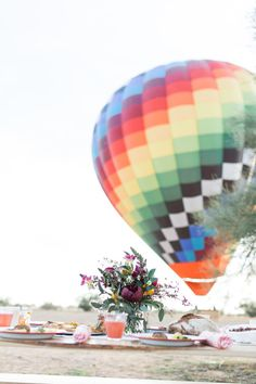 hot air balloon date for Valentine's Day
