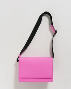 A bright pink everyday bag that you just so happen to need. It's by Baggu and it has an interior pocket and a sporty adjustable strap. The details- top grain leather body, recycled canvas lining 5 in. 43 in. Trendy Handbags, Black Purses, Everyday Bag, Bright Pink, Sale Items, Leather Bag, Shopping Bag, Night Out, Satchel