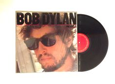 Bob Dylan ‎– Infidels  Label: Columbia ‎– QC 38819 Format: Vinyl, LP, Album Country: US Released: 1983 Genre: Rock, Folk, World, & Country