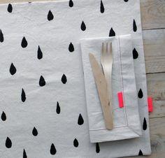 "Image of SET 2 MANTELES INDIVIDUALES ""GOTAS"" Custom Printed Fabric, Printing On Fabric, Textiles, Textile Prints, Fabric Design, Print Design, Fabric Stamping, Printed Balloons, Tampons"