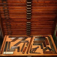 6 Wondrous Tricks: Antique Woodworking Tools Irons essential woodworking tools how to use.Woodworking Tools Cabinet How To Build woodworking tools organization woods.Old Woodworking Tools Table Saw. Woodworking Tools For Beginners, Woodworking Articles, Essential Woodworking Tools, Antique Woodworking Tools, Unique Woodworking, Intarsia Woodworking, Woodworking Workbench, Woodworking Workshop, Woodworking Furniture