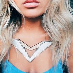 every gal needs a ◁ statement necklace ▷ RP @laurenkawano