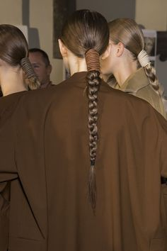 The Best Hair Looks from Spring 2019 Fashion Week , Spring 2019 Hair Trends - Spring Haircut and Hairstyle Ideas and Inspiration. Hair Cute, Great Hair, Braided Hairstyles, Cool Hairstyles, Hairstyle Ideas, Braided Ponytail, Hairstyle Braid, Quiff Hairstyles, Fashion Hairstyles