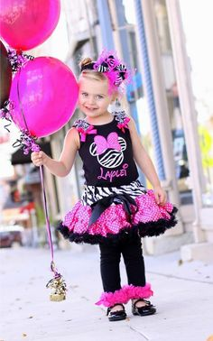 Minnie Mouse Goes Wild Personalized Pettiskirt Set