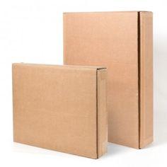 CAJA CARTÓN PARA CUADROS La caja de cartón para cuadros protege perfectamente cualquier pintura o espejo gracias a su doble encaje regulable. #MWMaterialsWorld #cajacartón #cajacartónparacuadros #cardboardbox #framecardboardbox Material World, Office Supplies, Carton Box, Doubles Facts, Packaging, Mirrors, Crates, Manualidades