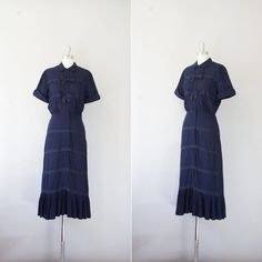 1950s dress / vintage 50s midnight blue cocktail dress / Twin Bows. $76.00, via Etsy.