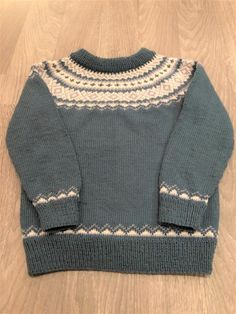 NYHETER - www.tilnytteogglede.com Knitting, Sweaters, Fashion, Moda, Tricot, Fashion Styles, Cast On Knitting, Stricken, Sweater