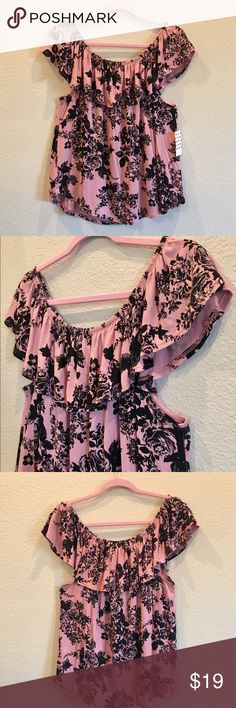 "Mauve and Black Rose Top NWT. This beauty can be worn on or off the shoulder. Easy elastic for a comfortable fit. Not one of those tight impossible ones! Soft knit feel. 97% rayon 3% spandex. That means stretch!👌🏼 size XL. 20"" armpit to armpit laying flat. 21"" long. Wear me with black shorts for a sexy summer look💖 Price is firm unless bundled. Free Kisses Tops"