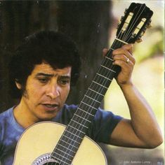 Victor Jara, Blue Soul, Radiohead, Cultura Pop, Rock Music, Salvador, Freedom, Singers, Basketball Court