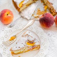 Mini-pavlova z owocami   Moje Wypieki Nigella, Cupcake Cakes, Cupcakes, Pavlova, Camembert Cheese, Peaches, Breakfast, Recipes, Food