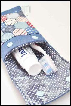 Kit higiene porta pasta e escova