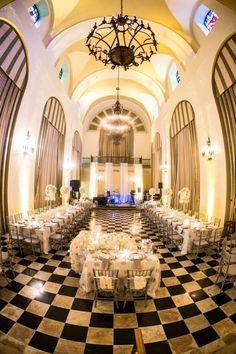 Luxurious Puerto Rico Wedding - MODwedding
