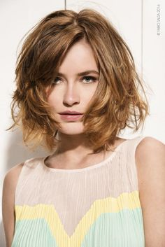 Tagli capelli medi: la parola d'ordine è libertà di movimento (e cura maniacale del taglio)  - Gioia.it
