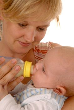 Correct bottle feeding tips and techniques