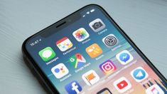 Best iOS app deals of the day! 6 paid iPhone apps are free for a limited time Iphone Se, Iphone Hacks, Smartphone Hacks, Google Play, Social Media Apps, Refurbished Iphone, App Store, Marketing Direct, Online Marketing