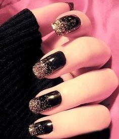 black with gold sparkles, Gabi's nails for Winterfest