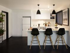 A new kitchen is the holy grail for any renovator, but what are the options when you're on your own? Get inspired by these three different DIY kitchen renos. Kitchen Kit, Diy Kitchen, Kitchen Ideas, Kitchen Design, Laminate Benchtop, Timber Benchtop, Splashback Tiles, Galley Kitchen Remodel, White Cupboards