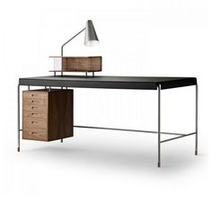 Arne Jacobsen Society Table Writing Desk by Carl Hansen and Son Bedroom Minimalist, Minimalist Furniture, Furniture Plans, Furniture Decor, Furniture Design, Living Furniture, Furniture Arrangement, Unique Furniture, Furniture Stores