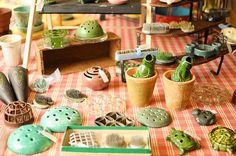 Flower Frogs