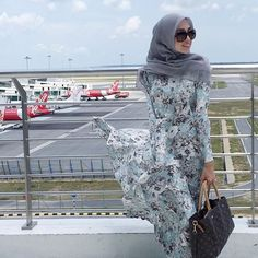 Another beautiful day  | Scarf : BasicDiament in Soft Grey by @tudungruffle | Dress : @minimalace | : @ammar__arif #ootd