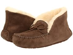 I SO want a pair of these cozy UGG slippers, but not enough to pay $120 for them!