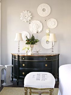 Beautiful Ceiling Medallion display