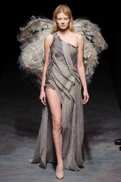 Yiqing Yin - Spring 2014 Couture