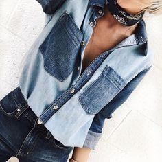 bandana e camisa jeans