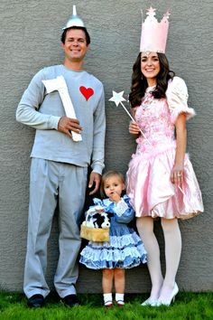 The mathews family happenings wizard of oz party putting it all diy halloween costume ideas i see more were off to see the wizard the wonderful wizard of oz we hear solutioingenieria Choice Image