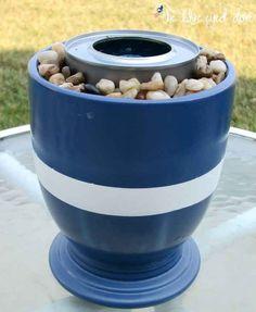 ¿Te gusta la idea del fuego? Pon una lata de combustible en una maceta para hacer un pequeño pozo de fuego instantáneo.