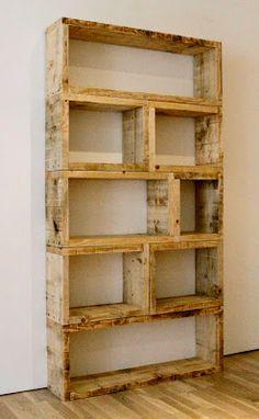 $10 DIY: $3 DIY Pallet Bookshelf Possible shelving unit in kitchen/living room area