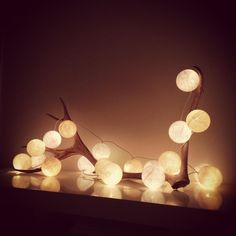 Today we are going to show some ideas to make the decoration of your house really… Cotton Ball Lights, Light Garland, Christmas Decorations, Table Decorations, Magical Christmas, Oeuvre D'art, Design Art, Interior Decorating, House Styles