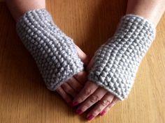 SALE/Grey Moss Stitch Knitted  Fingerless by KirstsKorner on Etsy, $9.00