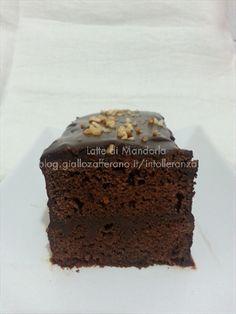 Torta Pocket Coffee, al cioccolato e caffe' risveglia un po' il ricordo dei famosi cioccolatini, rigorosamente cioccolato e caffe' ristretto.