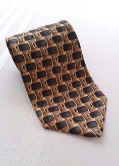 Roundtree and Yorke Beige Woven Pattern Men's Neck Tie, 100% Silk #RoundtreeandYorke