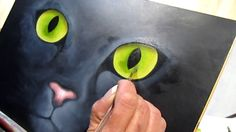 Teaching of decorative painting by Veronique Marcovitch-Rouillay on the art of painting cats. Using the technique of wet in wet, this extract gives an overvi...