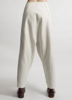 Futurictic Original Ofelya Ladies Woolen Trousers / Casual Drop Crotch Harem Pants - Big Carrot Pants Hanging Crotch Pants Collapse Skirt Pants, Trouser Pants, Harem Pants, Cool Outfits, Casual Outfits, Drop Crotch Pants, Inspiration Mode, Aliexpress, Fashion Details
