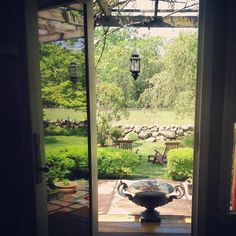 Wakefield Farmhouse Rental: Antique Dealer Gentlemans Farm, Meadows, Miles-   Of Stonewalls, Close To The Beach | HomeAway Rhode Island