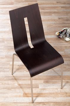 Alpes - Wooden chair - Contract design by Vela Arredamenti. #design #interior #style #italian