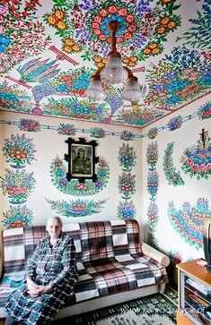 Painted cottages in Poland – Lamus Dworski Diy Home Decor, Room Decor, Wall Decor, Polish Folk Art, Deco Boheme, Painted Cottage, Expo, Cool Rooms, Bathroom Interior Design