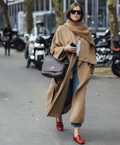 9caaf165f96 Loafer flatforms oxfords best winter shoes that look stylish and  fashionable with your cold weather outfit if you are bored with boots.