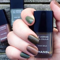 Les Khakis de Chanel Collection: Khaki Vert on the index and pinky, Khaki Brun on the middle, Khaki Rose on the ring and thumb