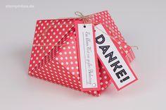 Eine Box, die einem Diamant ähnelt, welche mit dem Stampin' Up! Designerpapier in Melonensorbet und dem Stempelset Von großer Bedeutung hergestellt wurde. #stampinup #stampinbox http://stampinbox.de