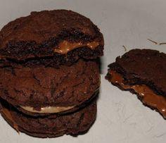 Μαμ - ά!!: Μαλακά μπισκότα γεμιστά με πραλίνα φουντουκιού.