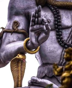 The Immortals of Meluha is the first novel of the Shiva trilogy series by Amish Tripathi. Rudra Shiva, Mahakal Shiva, Krishna, Hanuman, Angry Lord Shiva, Lord Shiva Hd Images, Lord Shiva Hd Wallpaper, Lord Shiva Family, Lord Shiva Painting