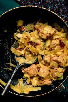 Kurczak z suszonymi pomidorami