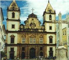 arte barroca no brasil - Barroco no Brasil Igreja de São Francisco, em Salvador, com frontão de característica barroca.