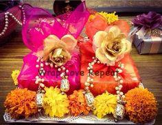22 ideas diy box chocolate wedding favors for 2019 Diwali Gift Box, Diwali Gift Hampers, Diwali Diy, Chocolate Wedding Favors, Wedding Sweets, Wedding Gifts, Wedding Bags, Wedding Ideas, Wedding Designs